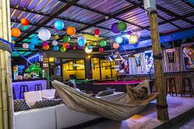 5-hostels-every-type-traveler-koh-phangan-tia-lacson